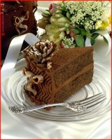 http://www.allenlieberman.com/files/gimgs/th-6_CHOCOLATE-WEDDING-CAKE-web_v3.jpg
